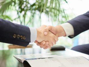 【サイト売買の実例】交渉上手で価格を上げる売主&価格を下げる買主