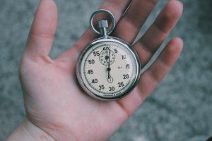 サイト売買の目安は?売却金額、譲渡までの期間、サーバー移転の期間